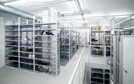 Fachbodenregale für verwinkelte Räume